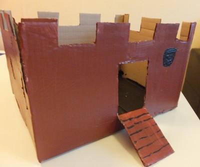 ritterburg basteln mit dem karton zum kindergeburtstag bastelstunde. Black Bedroom Furniture Sets. Home Design Ideas
