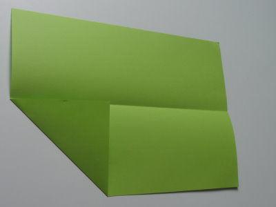 Faltanleitung Flugzeug grün 3