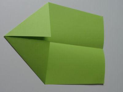 Faltanleitung Flugzeug grün 4