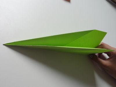 Faltanleitung Flugzeug grün 7