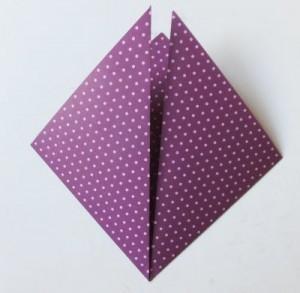 Bastelanleitung Blume aus Papier falten Schritt 7
