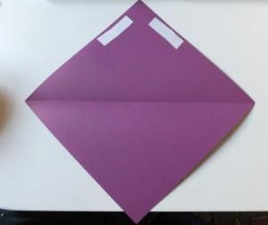 Bastelanleitung Blume aus Papier falten Schritt 4
