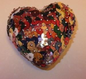 Herz aus Pailletten