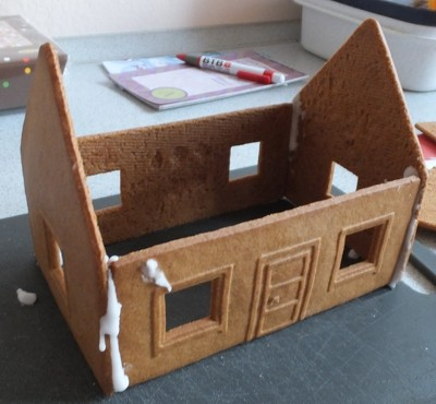 knusperhaus f r weihnachten bastelset von ikea. Black Bedroom Furniture Sets. Home Design Ideas