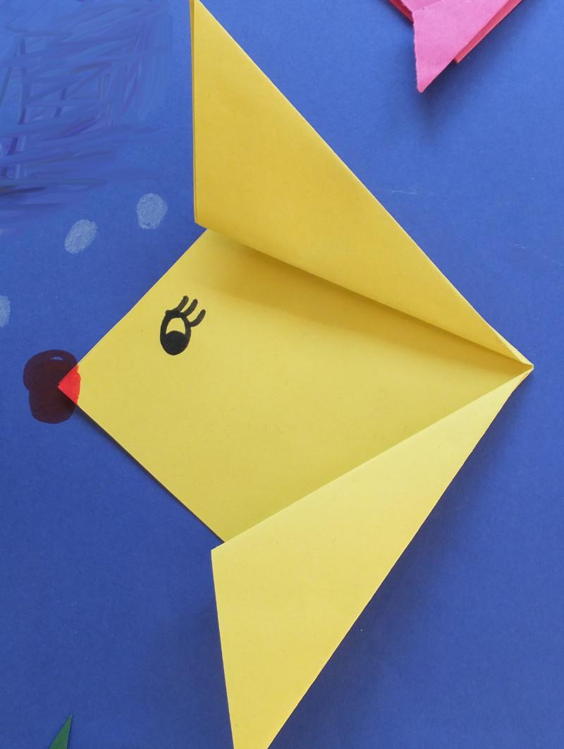 Tiere aus papier basteln fische falten - Stern falten anleitung kindergarten ...