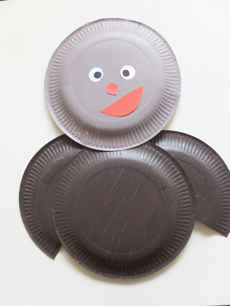 Pappteller bastelidee eine eule mit kindern gestalten for Bunte pappteller