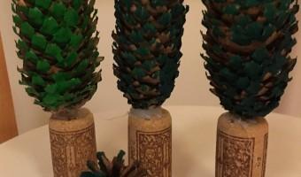 Winterbäume aus Tannenzapfen