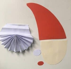 Weihnachtsmann aus Papier Einzelteile