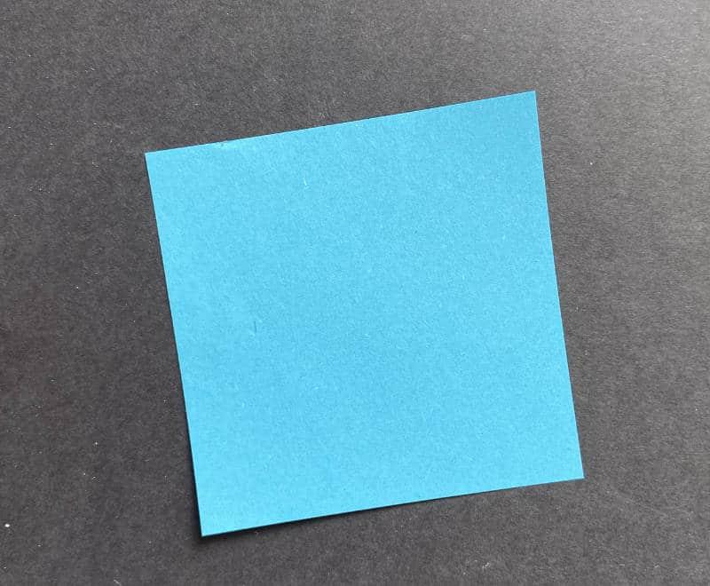Blüte falten - quadratisches Faltpapier